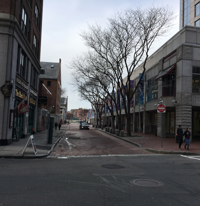 Kleine Häuser in Boston (gen Hafen)